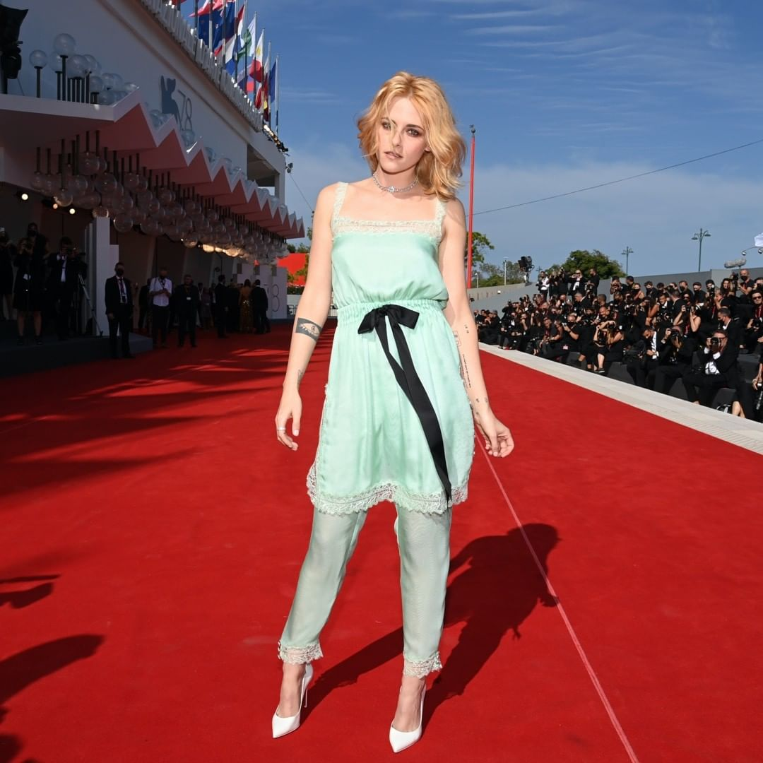 Inside look at the most memorable Venice Film Festival red carpet moment.